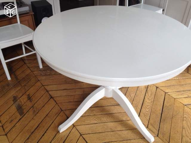 Table avec rallonge ikea cool table ronde rallonge achat for Table blanche ikea