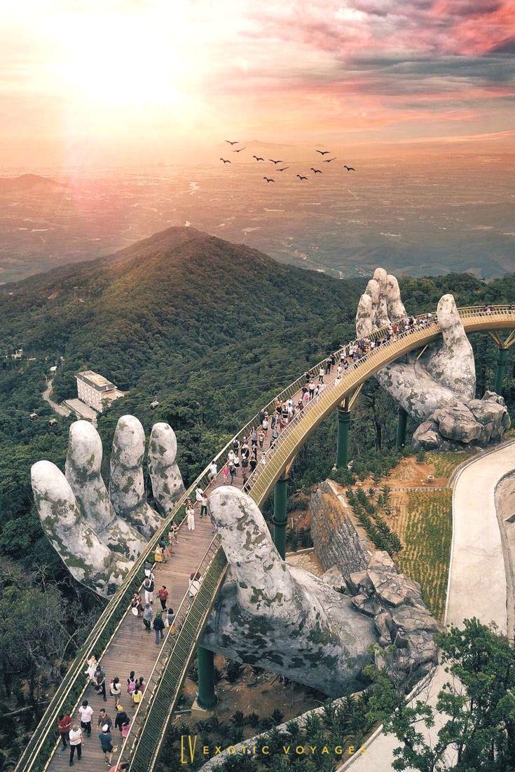 Riesige Hände heben die Goldene Brücke in Da Nang, Vietnam #vietnam #travel #natu