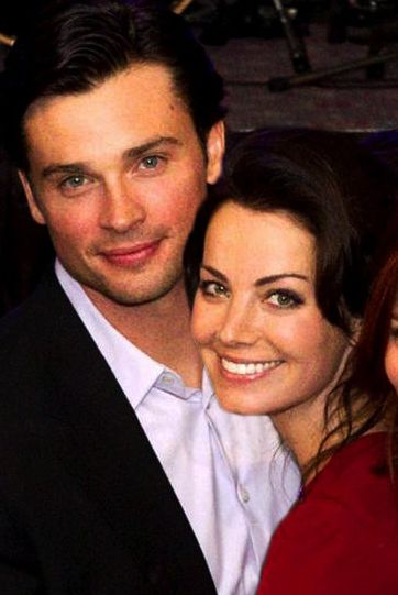 welling personals On tuesday morning (july 31, 2018) the sun-times reported the 41-year-old model tom welling and his girlfriend, to be shopping for engagement rings naturally, the article sent the facebook and twitter into a frenzy.