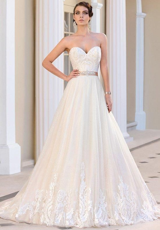 Lace ball gown with sweetheart neckline | IVOIRE by KITTY CHEN | https://www.theknot.com/fashion/marie-antoinette-v1395-ivoire-by-kitty-chen-wedding-dress