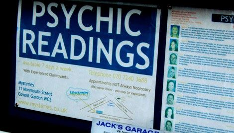 Psychic Reading Online - Find out how to get absolutely free psychic readings here – but note that free readings aren't necessarily the best quality (the quality is often dubious, and therefore the whole practice can be a meaningless waste of time) so it can sometimes pay off better to consult properly with a psychic reader who will of course charge for the time they spend with you. READ MORE - http://www.onlinechatwithastrologer.com/psychic-reading-online/#