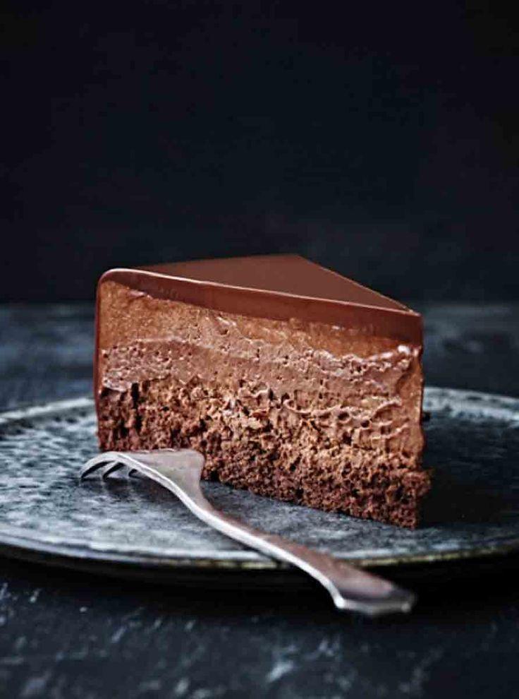 Flourless Chocolate Mouse Cake