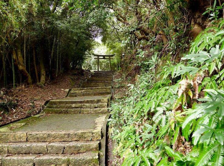 Naoshima shrine