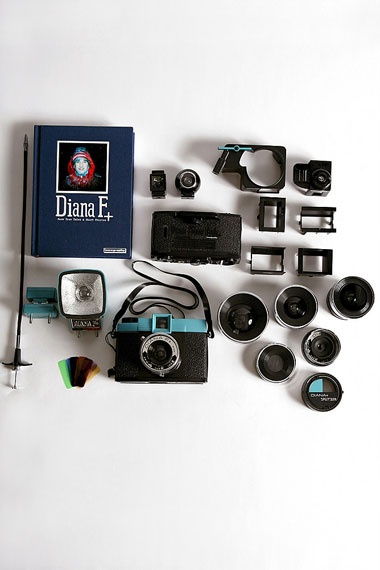 Super kit for super pics: Diana Delux, Cameras Delux, Diana Cameras, Delux Packaging, Old School, Digital Cameras, Delux Kits, Vintage Photo, Lomographi Diana