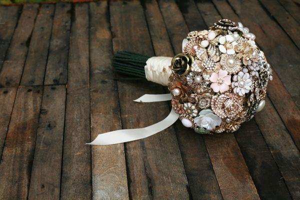 Custom Jewelry Brooch Bouquet