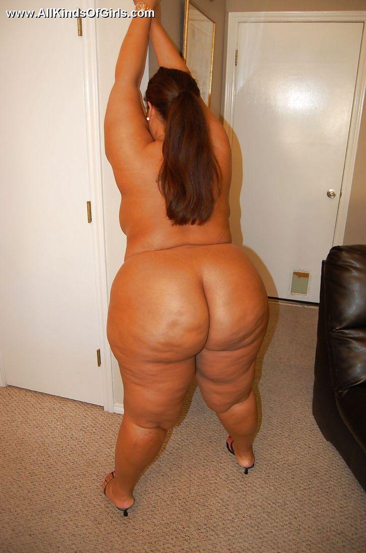 Hot nude egyptian women