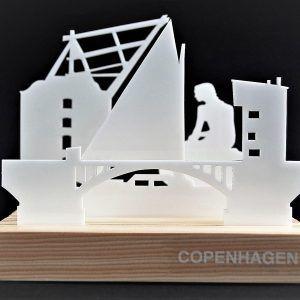 den-lille-havfrue-copenhagen-hvid-ryborg-urban-design-denmark-bolig-indretning-dekoration-souvenir-akryl-cities-fyrretrae-nordisk-gave-moderne-historie-kultur-eventyr-silhuet