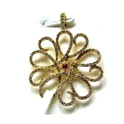 Ladies Brooch Pendant