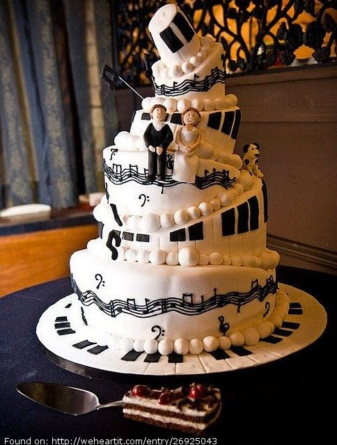music theme wedding cake  Here is another cake to consider