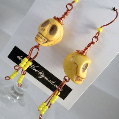 DOW77-doinWire- skull-yellow https://www.facebook.com/pages/Doinwire/674536245909901