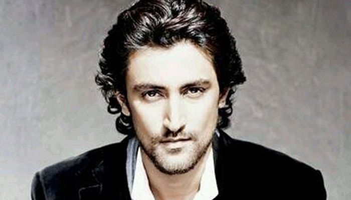 Kunal Kapoor Upcoming Movies List Bollywood movie evaluation items the entire checklist of KunalKapoorupcoming motion photography in the 2017 & 2018 with their release date. On this, we fraction the entire checklist of Upcoming Hindi motion photography of KunalKapoorplus varied megastar solid title and some varied predominant components fancy the director, producer, release date and so…