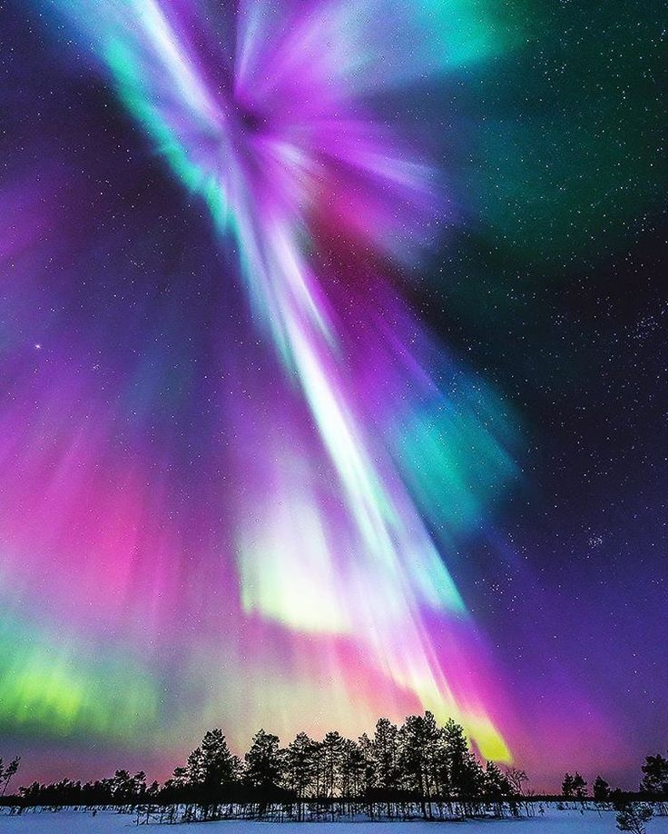 erik_saarnioNorthern lights in north Finland. There were many different colors in the sky. It was spectacular magnetic storm