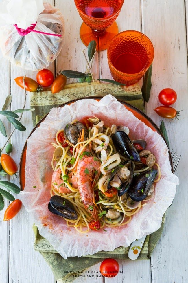 Apron and Sneakers - Cooking & Traveling in Italy and Beyond: Seafood Spaghetti Baked in Parchment Pouches