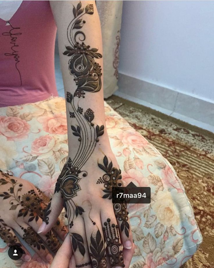 3874 best aaliyah 39 s elegant henna images on pinterest henna tattoos hennas and henna mehndi. Black Bedroom Furniture Sets. Home Design Ideas