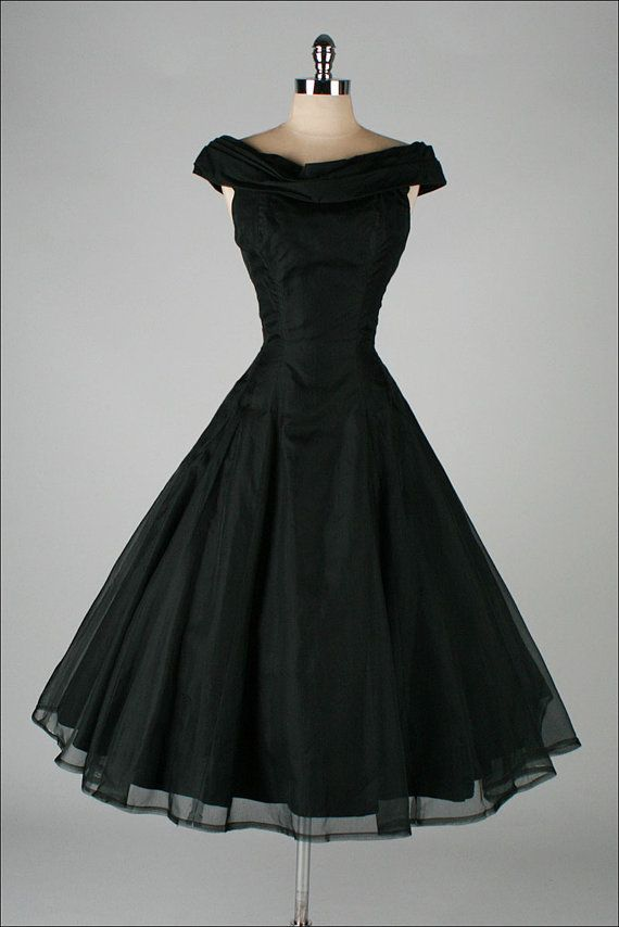 Black Vintage Dresses, So gorgeous! Don't you think? vintage 1950s dress .