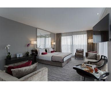 DoubleTree by Hilton Hotel London Greenwich, GB - King Suite