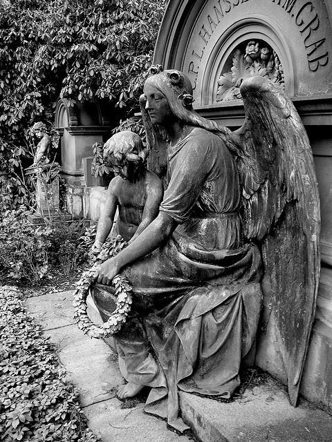 Friedhof Ohlsdorf Hamburg by christianstobbe, via Flickr