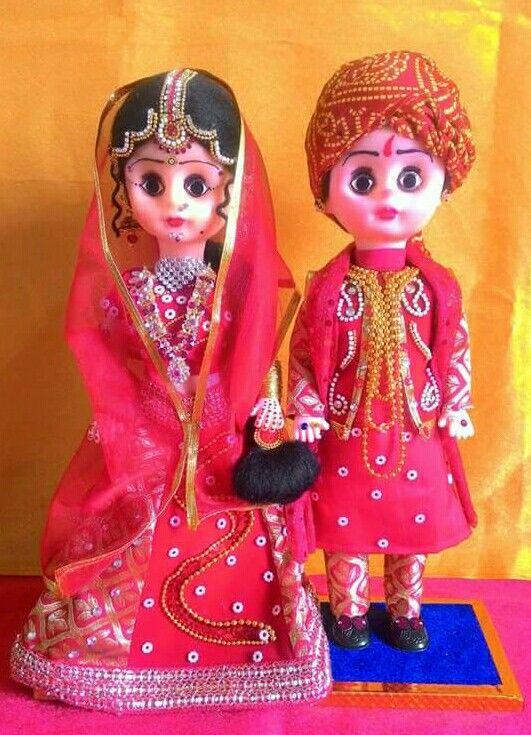 Indian Gujarathi Bride n groom DOlls at Kristudios........