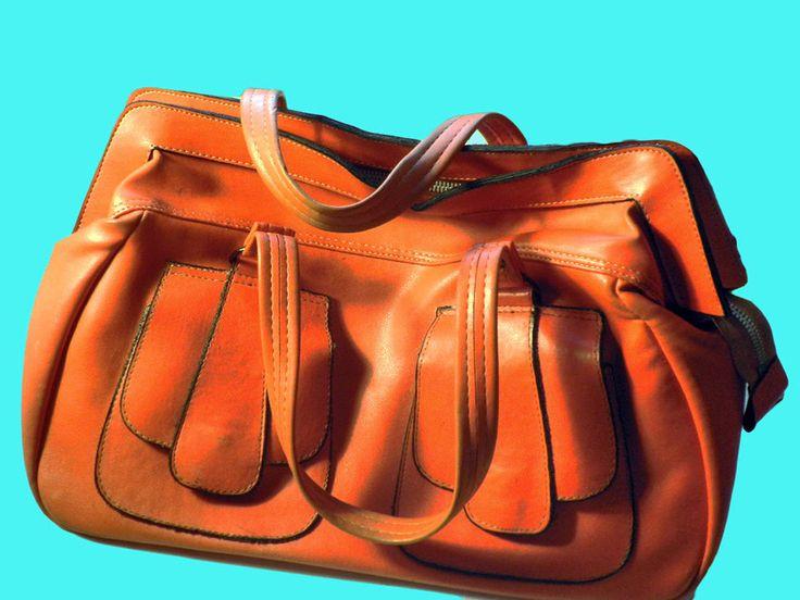 Vintage 1970-1980 oranje handtas fake leer  zacht vinyl door TresbeLLL op Etsy