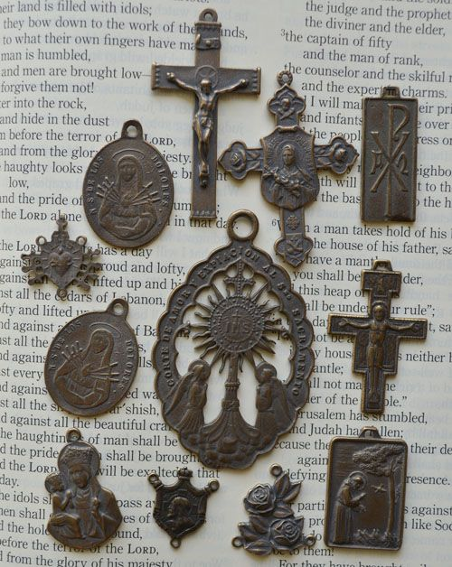 VINTAGE ROSARY SUPPLIES - GLORY BE THE ROSARY.COM