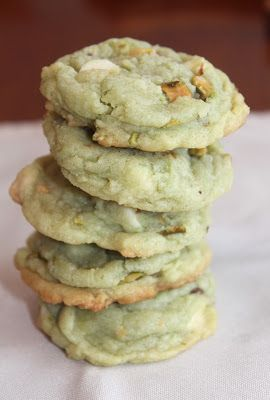 White Chocolate Pistachio Pudding Cookies