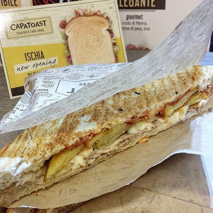 Un bel Toast dal nuovo Capatoast ISCHIA! Siamo in zona Porto, Via D'Avalos 14 #capatoast