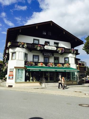 Hotel Haus Ursula Bad Wiessee Only 150 metres from the Tegernsee Lake Promenade, this 3-star hotel in Bad Wiessee offers a spacious garden as well as country-style rooms and apartments with balcony. Parking is free.