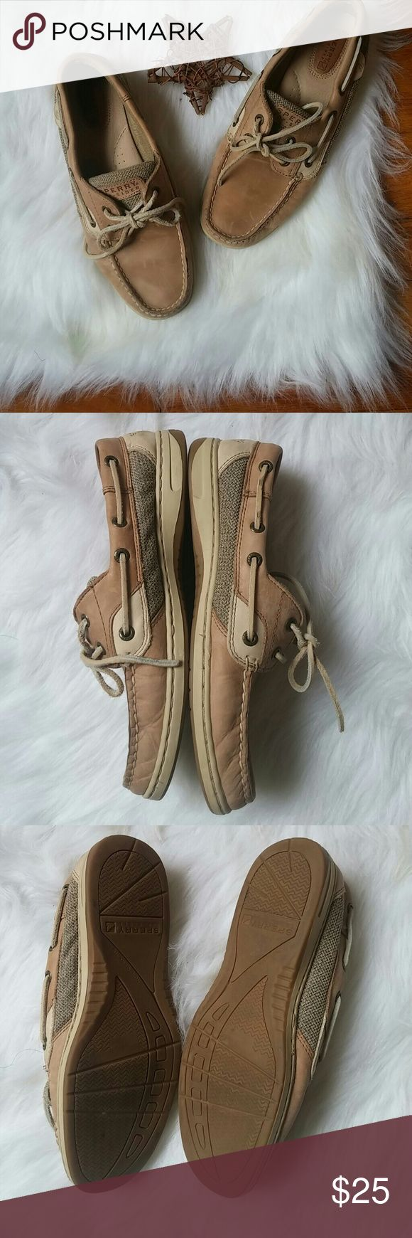Sperry Boat Shoes 8M Gently and minimally worn - lots of life left! Some light wear to uppers.   Bundle for best deals! Hundreds of items available for discounted bundles! Bundle offers welcome.   Follow on IG: @the.junk.drawer Sperry Top-Sider Shoes Flats & Loafers