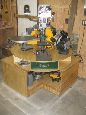 "space saving ""Lazy Stephen"" for bench power tools - cool idea"