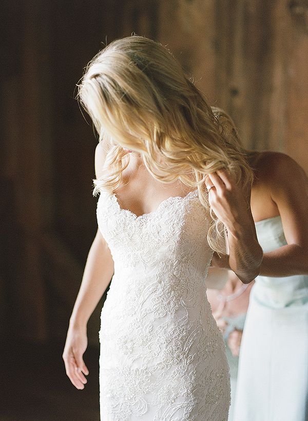 lace wedding dress | Melissa Schollaert