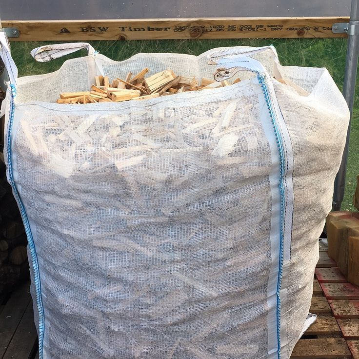97cm x 97cm x 110cm bulk bag of kindling stick fire starters perfect for getting your logs burning available for delivery around the UK