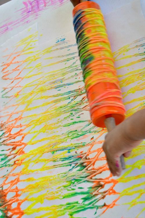 Yarn and rolling pin art activity for kids - so fun!