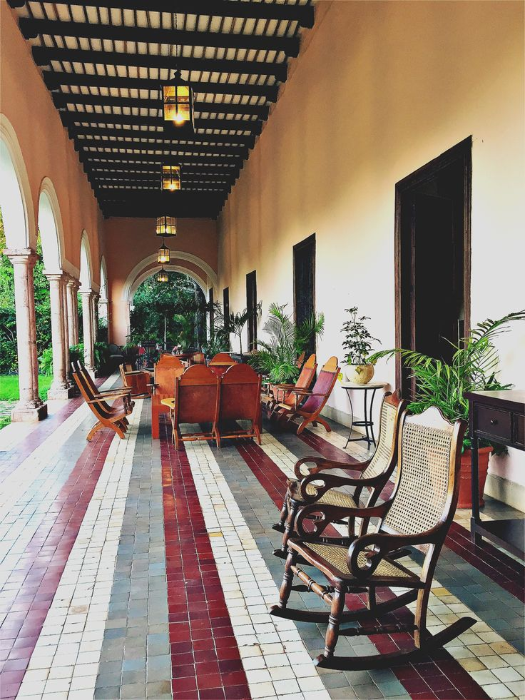 Inspiration coloniale Rocking chair, outdoor wood salon  Hacienda Temozon, Yucatan Mexico  #travel #inspiration #hotel #hotels #interior #design #interiordesign #decoration #furniture #color #atmosphere #palace #style #mexico #natural #organic #outdoor