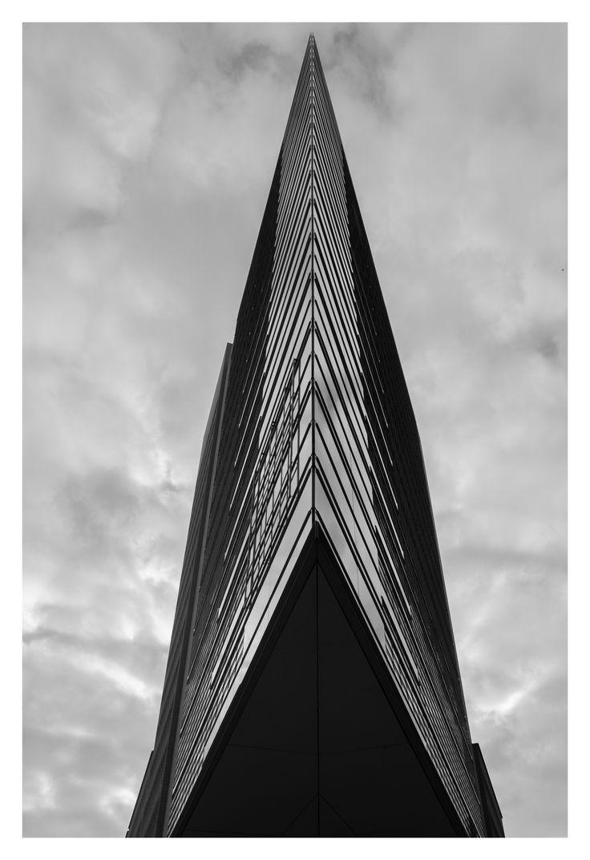 Office Building at Potsdamer Platz 11, Berlin   Renzo Piano / Christoph Kohlbecker #berlin #potsdamerplatz #platz11 #germany #renzopiano #architecture #publicsquare #greyscale #monochrome #blackandwhite #lumix #lx100  https://www.instagram.com/p/BCX0MyVP-8O/?taken-by=the_ateeb