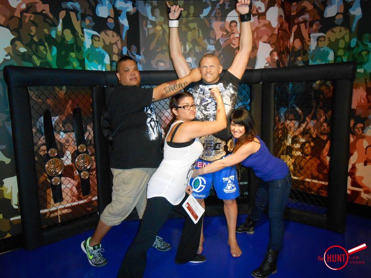Fight against Chuck Liddell of the UFC on The HUNT Las Vegas.   #UFC #ScavengerHunt #Vegas #tour