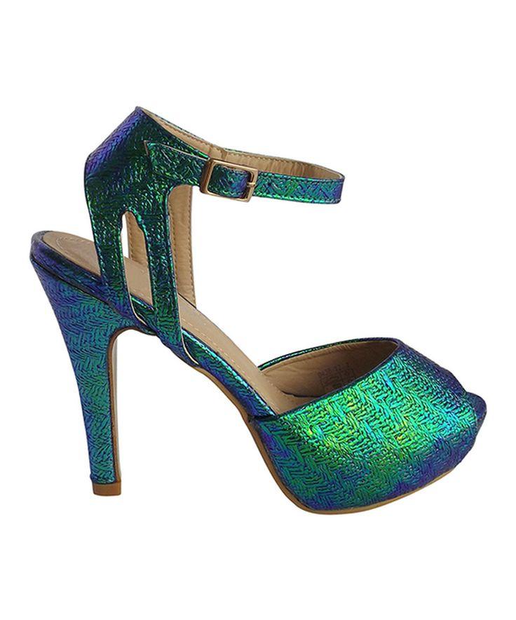 This Miss Mafia Green Elnora Pump by Miss Mafia is a total Diva shoe.