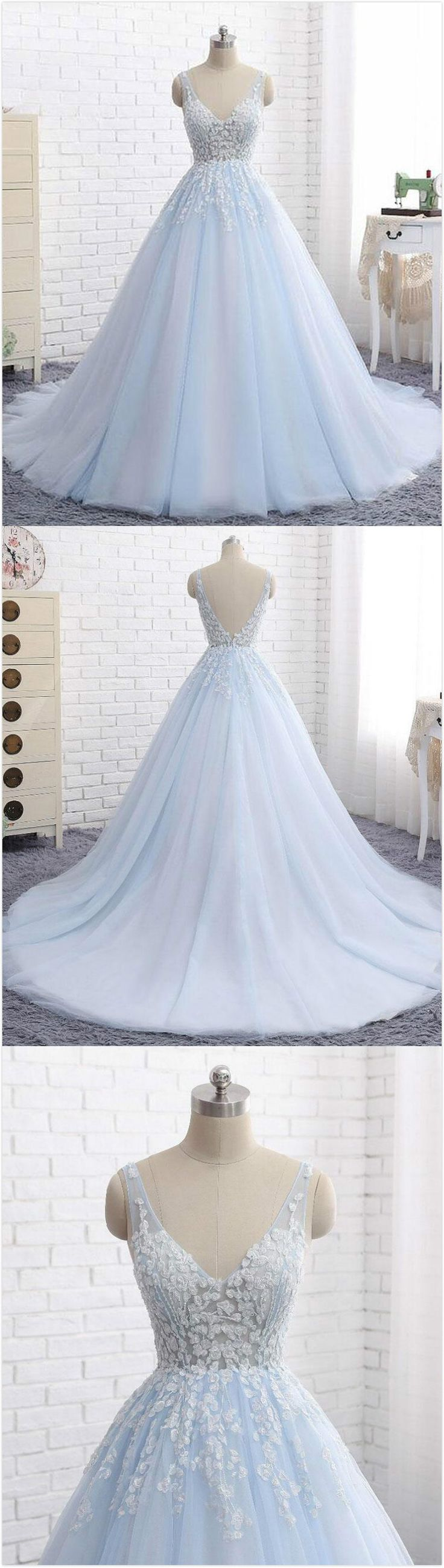 Elegant Ball Gown Prom Dress,V-Neck Prom Dress,Sexy Prom Dress,2018 Prom Dress,Formal Fress,Blue Tulle Long Prom/Evening Dress with Appliques