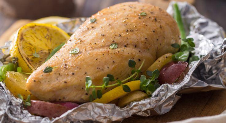 Cottura al cartoccio: tante ricette leggere e saporitissime    #LeIdeediAIA #AIA #cartoccio #cottura #limone #pesce #carne #ricette #ricetta #ricettario #mangiare #vino #ingredienti