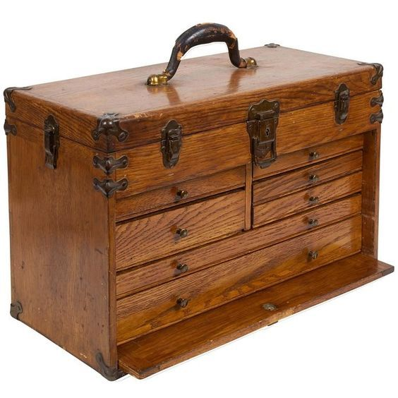 Vintage wooden tool box in dash navigation with backup camera
