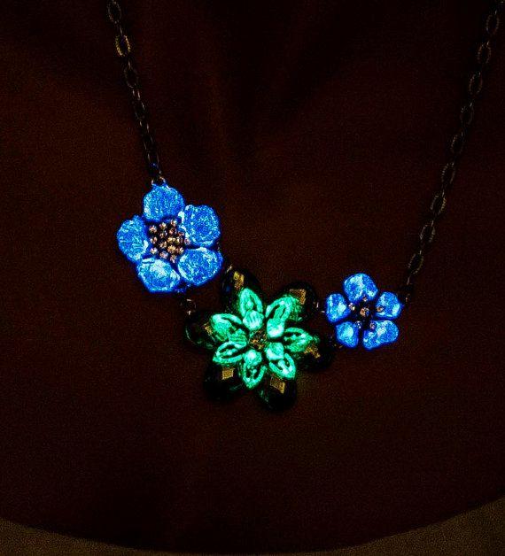 Glow in the dark flower necklace glowing by UptownGirlFashion