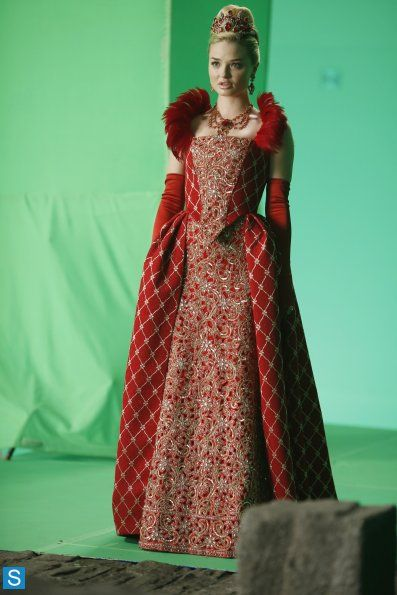 The Red Queen played by Emma Rigby in the ABC tv series: Once upon a time in Wonderland