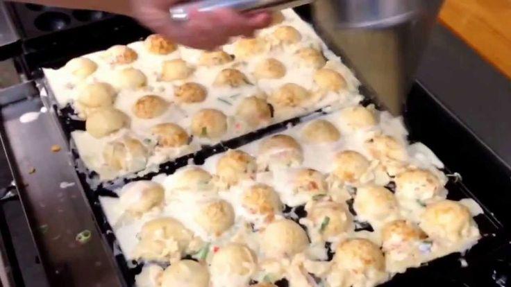 プロが教える、美味しいたこ焼きの焼き方![Making of the takoyaki]  Must see, Must eat! Amazing skill!!!!
