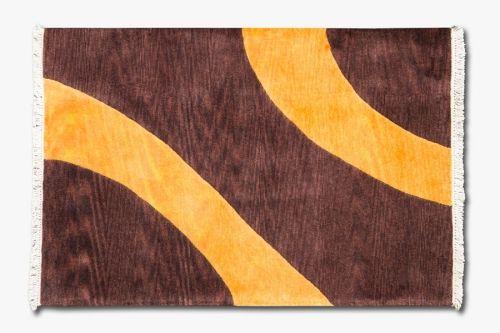 Alfombra Indonepal Marrón Naranja.  Alfombra de lana anudada a mano con un tratamiento especial que le da una sensación sedosa y agradable al tacto.  #alfombra #indonepal #decoración #marrón #naranja