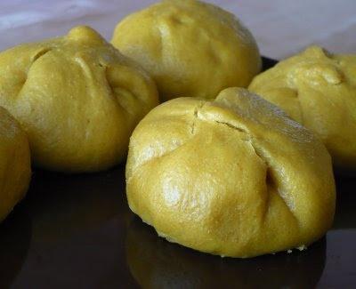 Japanese Curry Stuffed Steam Buns vegan   food food glorious food   P ...