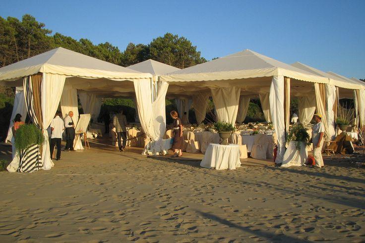 Gazebo e tensostrutture a noleggio per matrimoni ed eventi, con consegna e montaggio in tutta Italia. Preludio, Noleggio attrezzature per catering ed eventi.