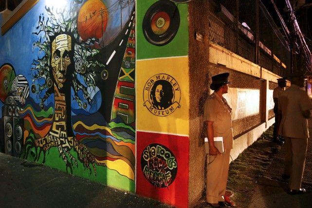 Entre deux tounes: pèlerinage musical en Jamaïque