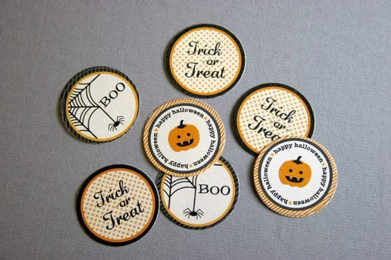 Circle Labels Printable from Lifestyle Crafts: Circles Tags, Crafts Ideas, Printable Halloween, Halloween Circles, Lifestyle Crafts, Cute Halloween, Circle Punch, Circles Punch, Circles Labels