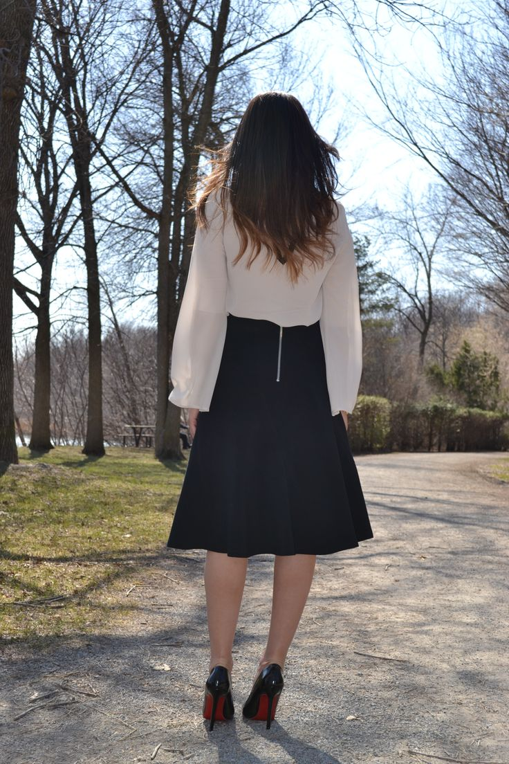 #ModestFashion #Essentials - GENUX Skirt (Montreal Fashion) with the classic Christian Louboutins