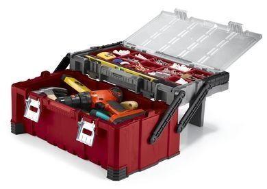 Una cassetta degli attrezzi multilivello può essere un'ottima scelta, ti consente di raccogliere i tuoi strumenti in maniera compatta e ordinata