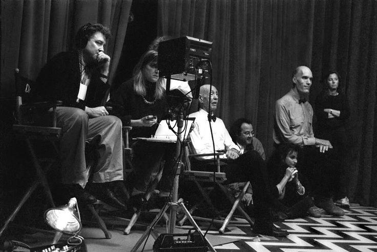 ▷ Surrealist Cinema BBC Arena 1987 presented by David Lynch part 2/2 | lynchian | Pinterest | David lynch, Cinema e Watches